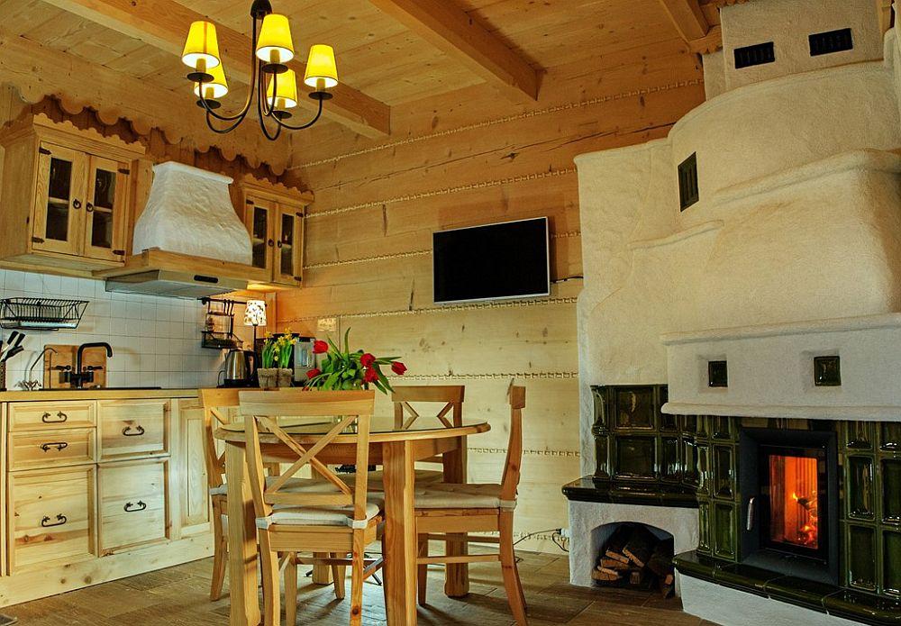 adelaparvu.com despre case rustice din busteni de lemn, case cu acoperis din stuf, case Polonia Osada Beskidzka (42)