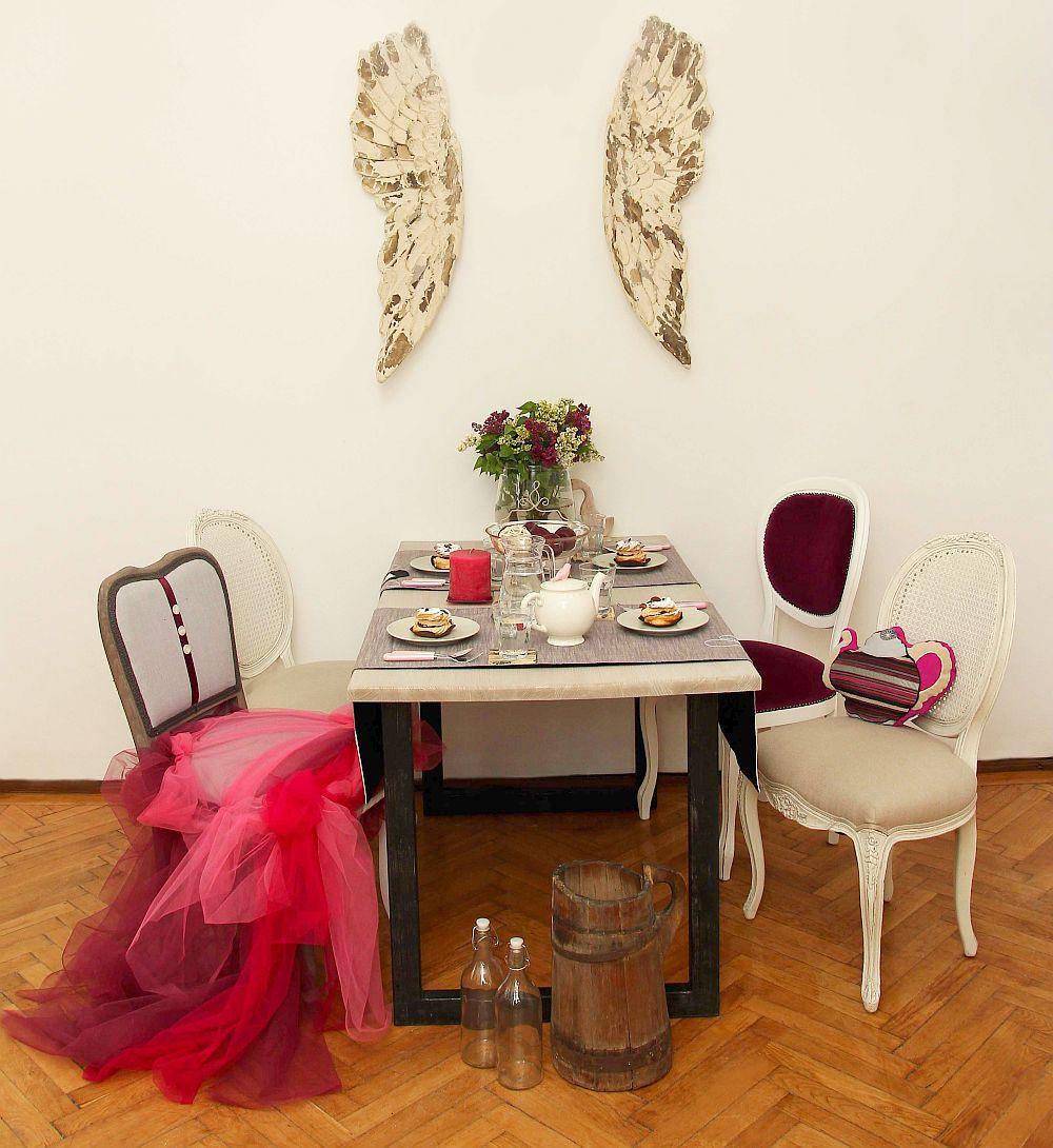 Scaunul Ballerina si perne fantezie, designer Irina Neacsu
