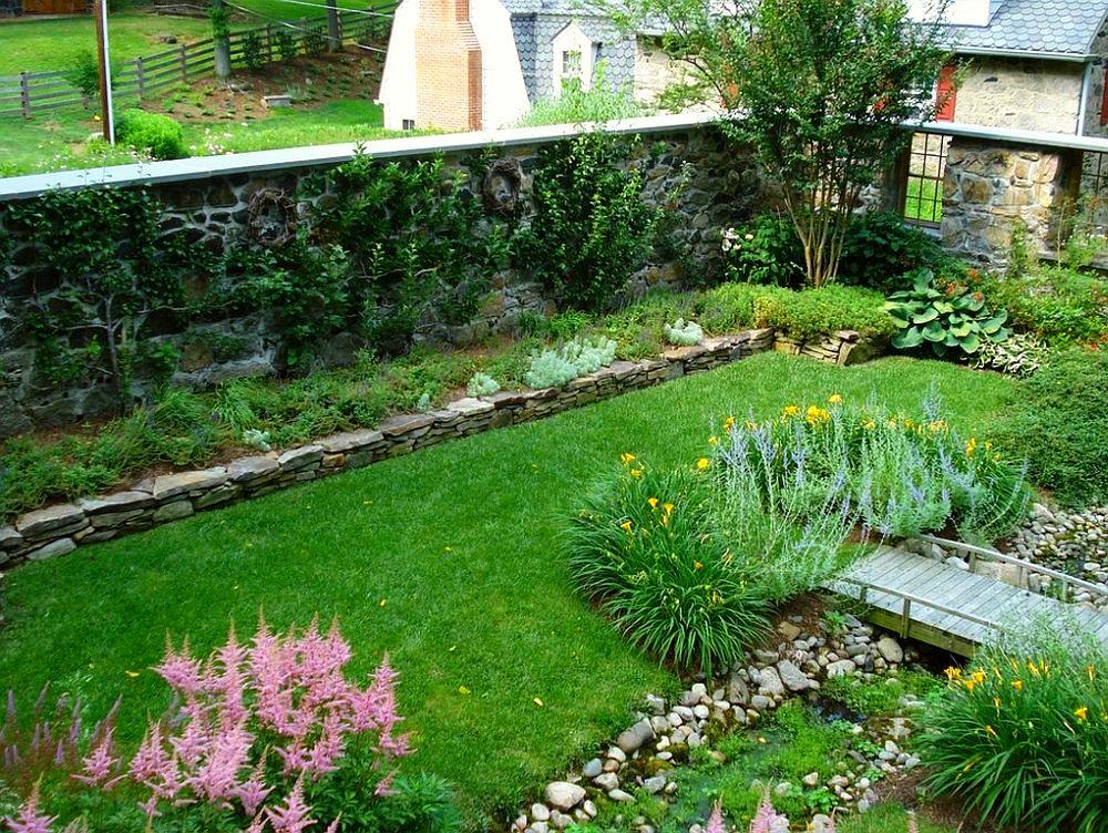 adelaparvu.com despre gradina frumoasa cu gard din piatra, gard ca fatada unei casei, design Slater Associates Landscape Architects (4)