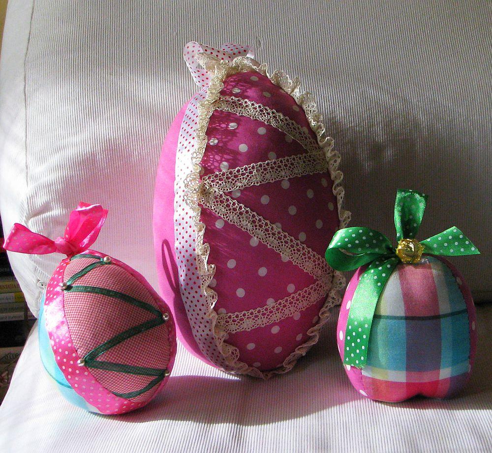 adelaparvu.com despre oua de Paste si flori decorative din textile, designer Mihaela Poenaru (10)