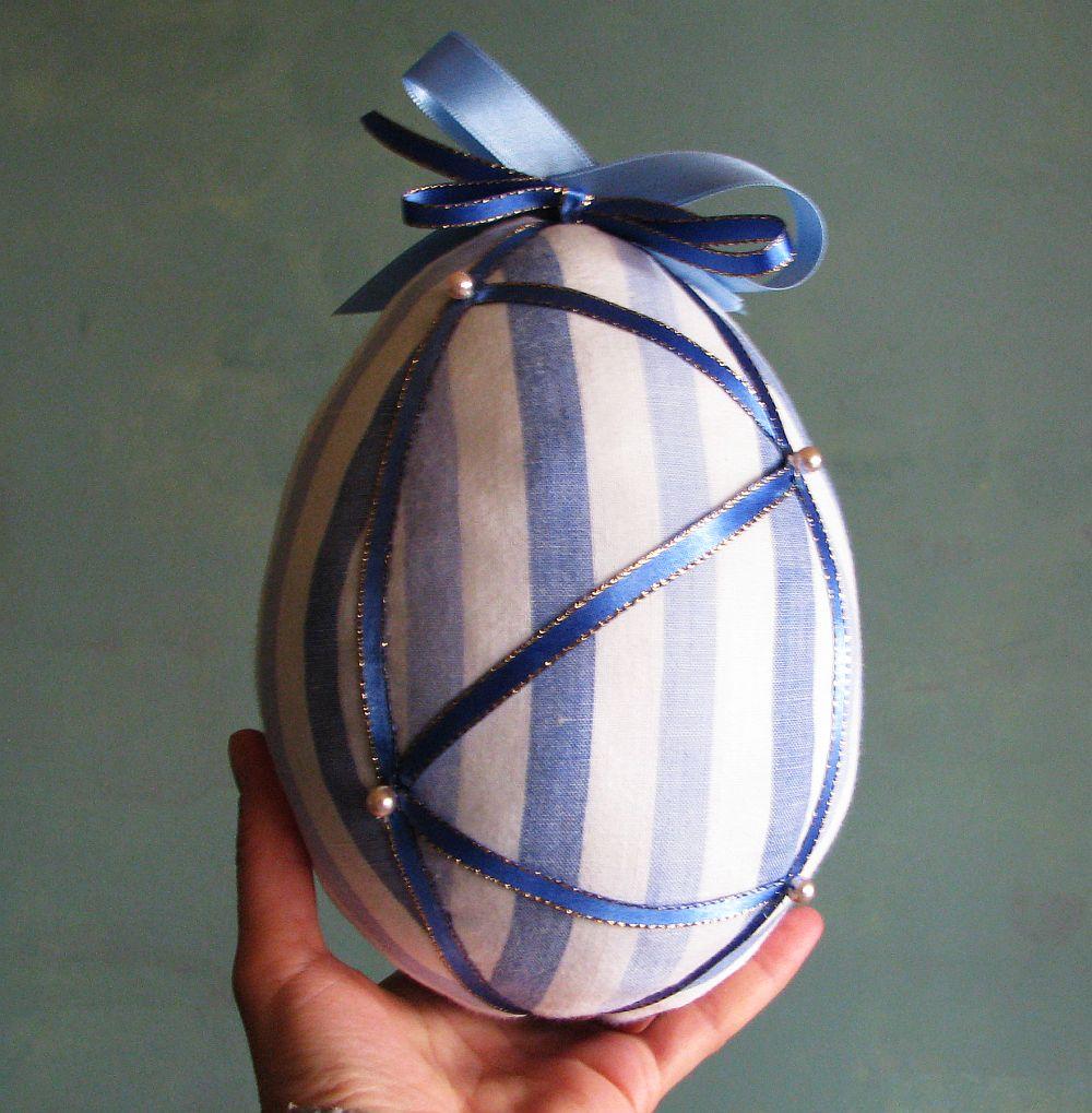 adelaparvu.com despre oua de Paste si flori decorative din textile, designer Mihaela Poenaru (15)