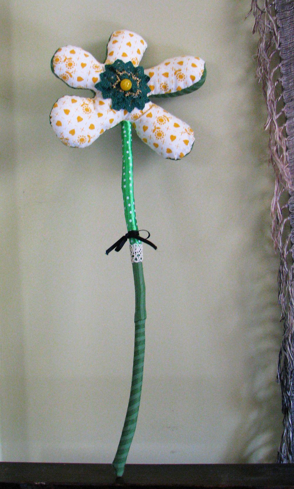 adelaparvu.com despre oua de Paste si flori decorative din textile, designer Mihaela Poenaru (7)