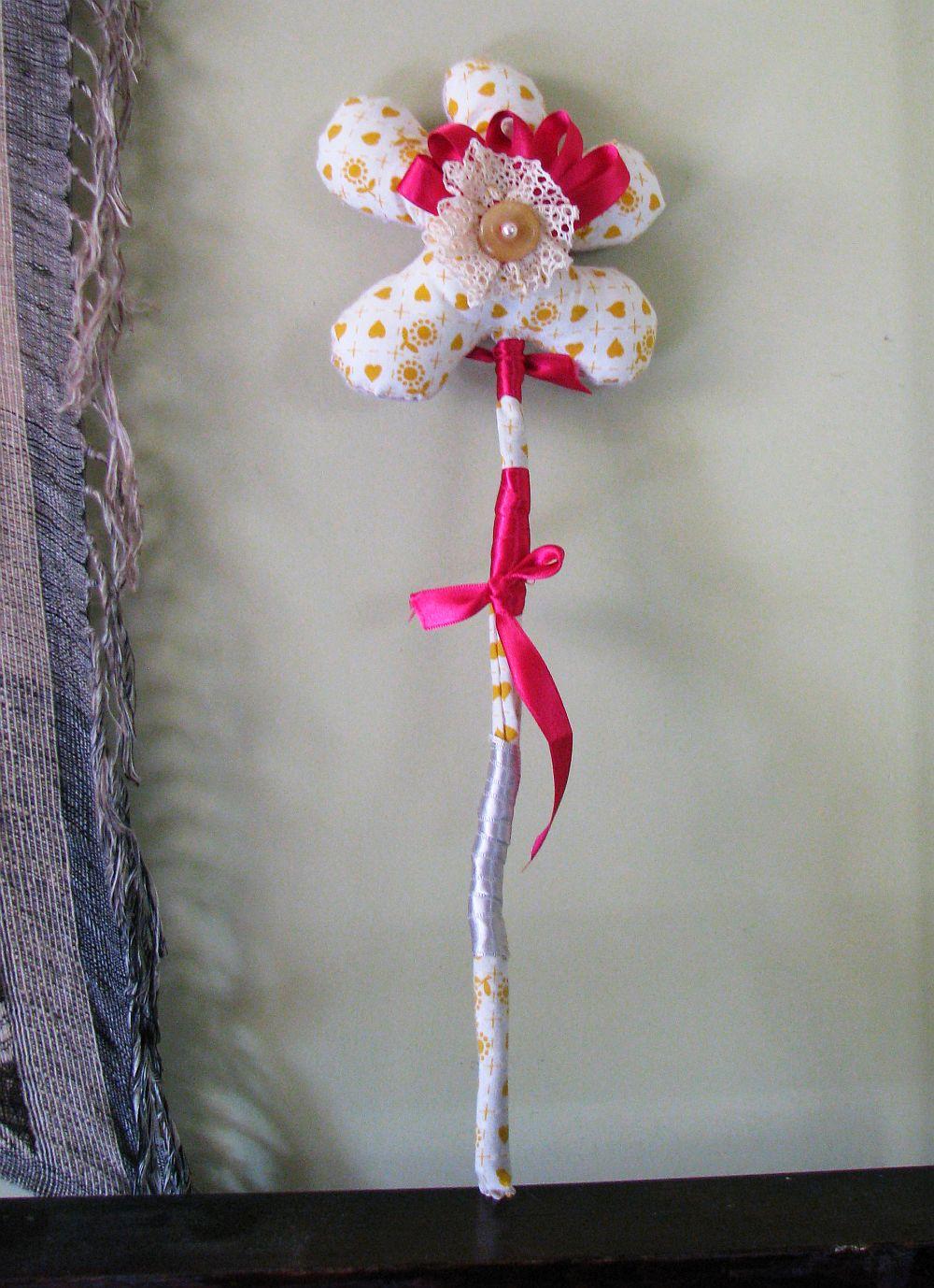 adelaparvu.com despre oua de Paste si flori decorative din textile, designer Mihaela Poenaru (8)