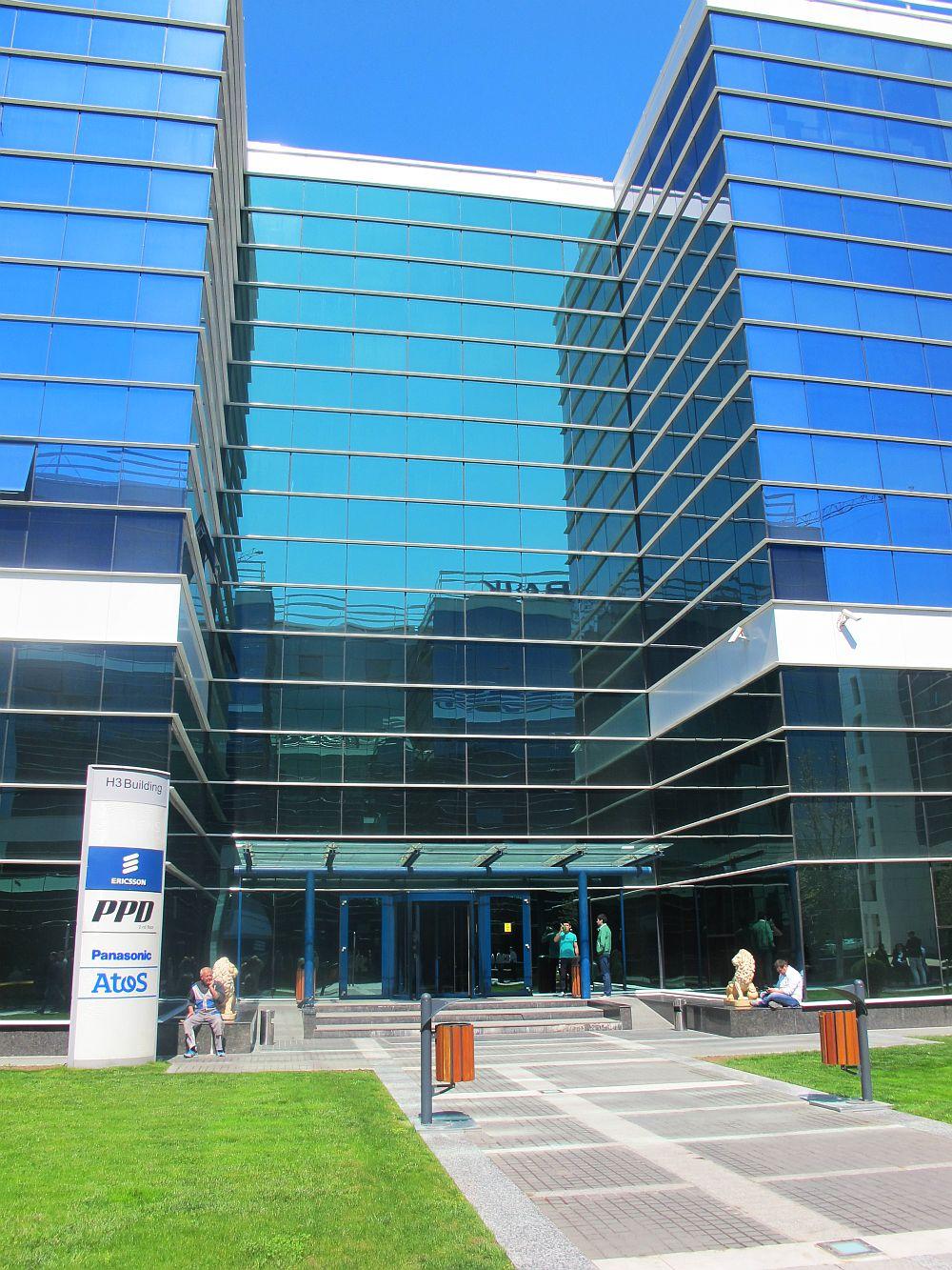 adelaparvu.com despre primul campus studentesc din Romania, West Gate Studios (28)