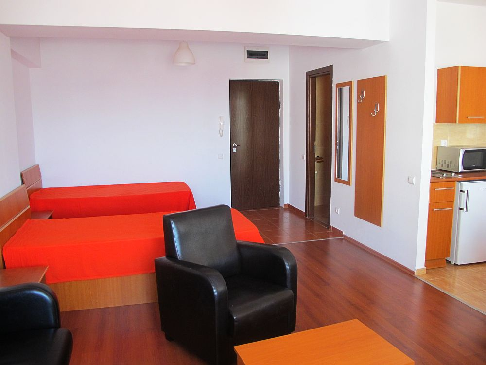 adelaparvu.com despre primul campus studentesc din Romania, West Gate Studios (9)