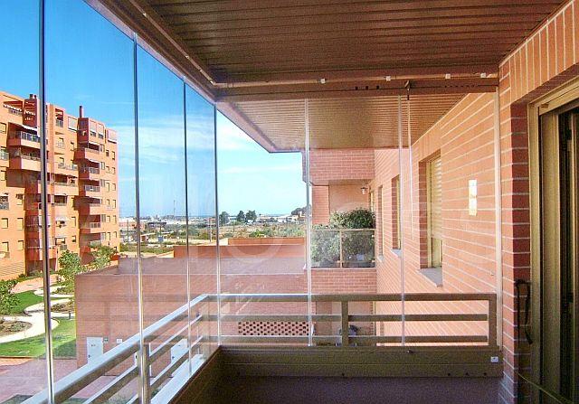 adelaparvu.com despre sistem de geamuri culisante pentru balcon si terase, sistem Allglass Todocristal (21)