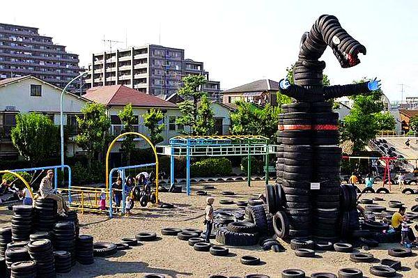 adelaparvu.com loc de joaca si idei cu cauciucuri reciclate (9)