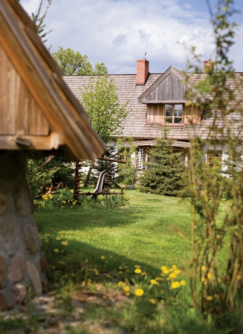 adelaparvu.com casa rustica, casa la tara, casa Polonia, casa cu berze, Foto Michal Skorupski (6)