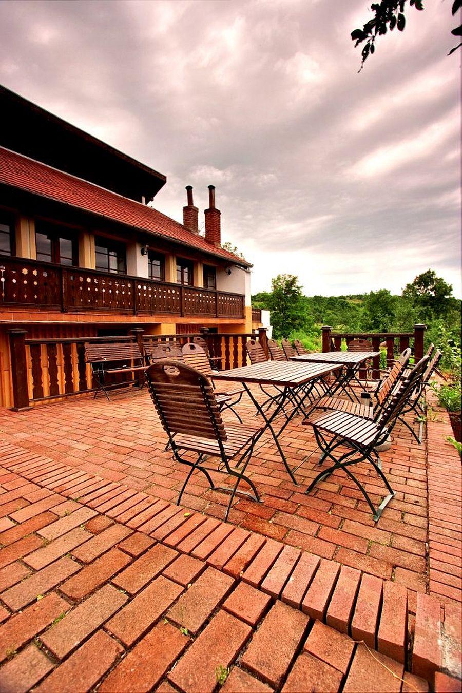 adelaparvu.com despre Casa Altringen, pensiune rustica Romania, interior design Cass Design (10)