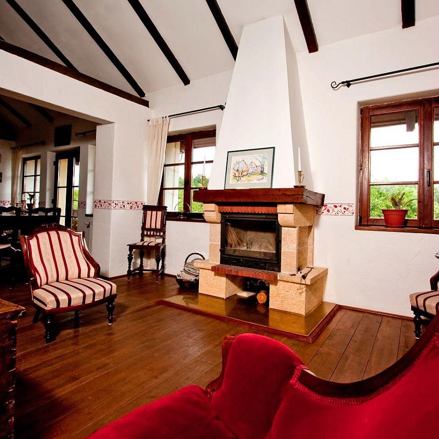 adelaparvu.com despre Casa Altringen, pensiune rustica Romania, interior design Cass Design (12)