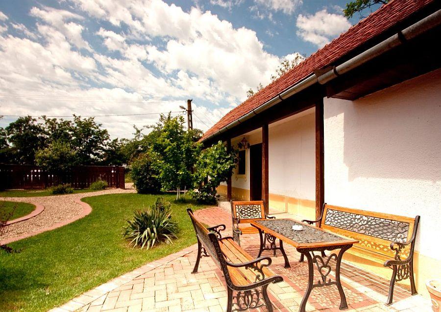 adelaparvu.com despre Casa Altringen, pensiune rustica Romania, interior design Cass Design (13)