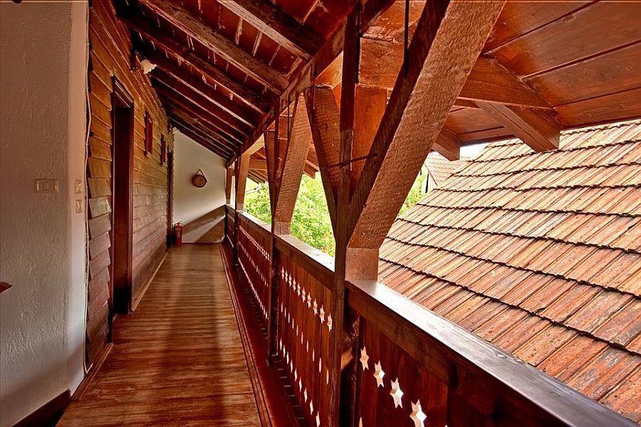 adelaparvu.com despre Casa Altringen, pensiune rustica Romania, interior design Cass Design (27)
