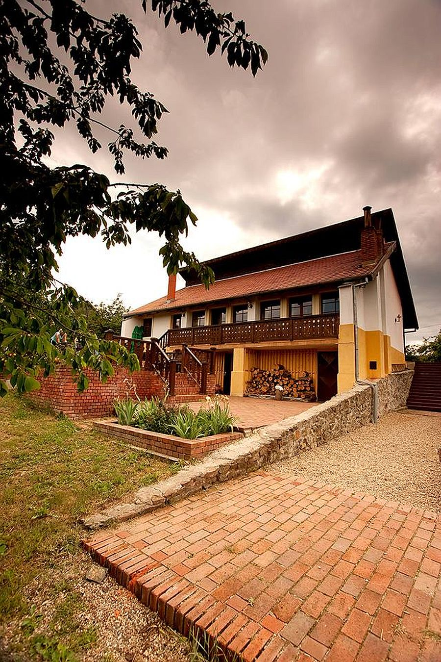 adelaparvu.com despre Casa Altringen, pensiune rustica Romania, interior design Cass Design (28)