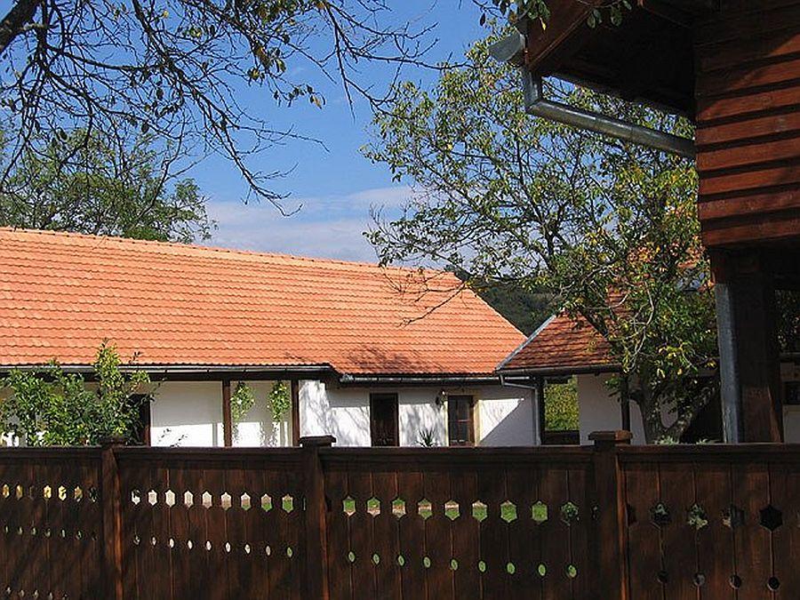 adelaparvu.com despre Casa Altringen, pensiune rustica Romania, interior design Cass Design (3)