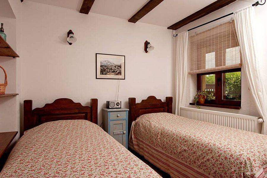 adelaparvu.com despre Casa Altringen, pensiune rustica Romania, interior design Cass Design (34)