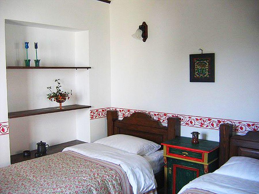 adelaparvu.com despre Casa Altringen, pensiune rustica Romania, interior design Cass Design (4)