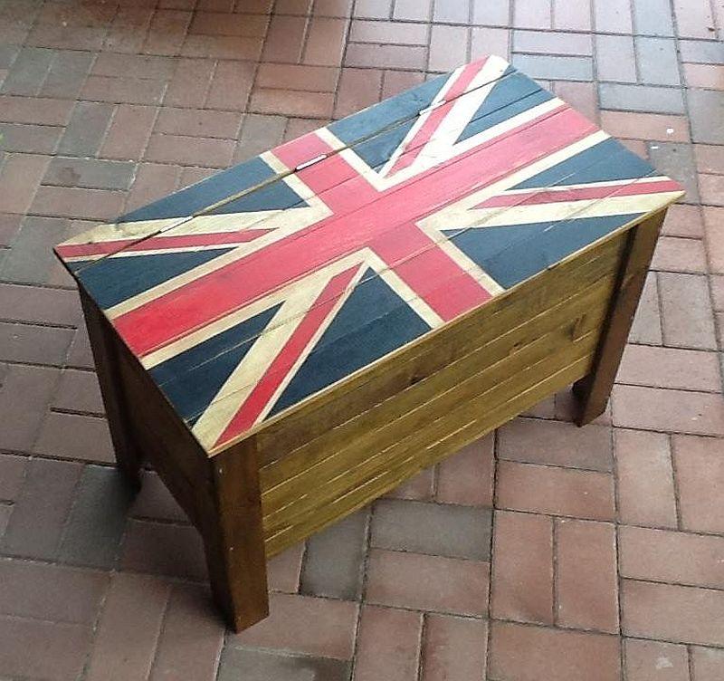 adelaparvu.com despre Daniel Toma, mic mobilier hand made (2)