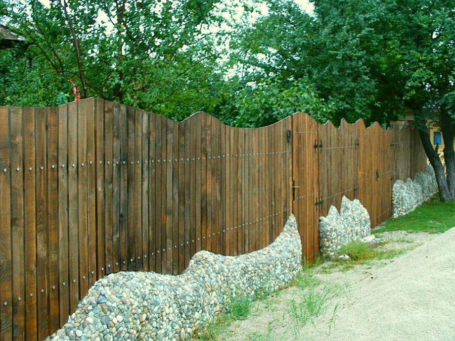 Gard realizat de Mihai Duhovnicu, Atelierul de la tara