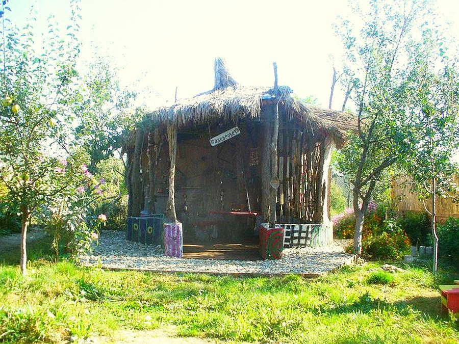 Chiosc de gradina realizat de Mihai Duhovnicu