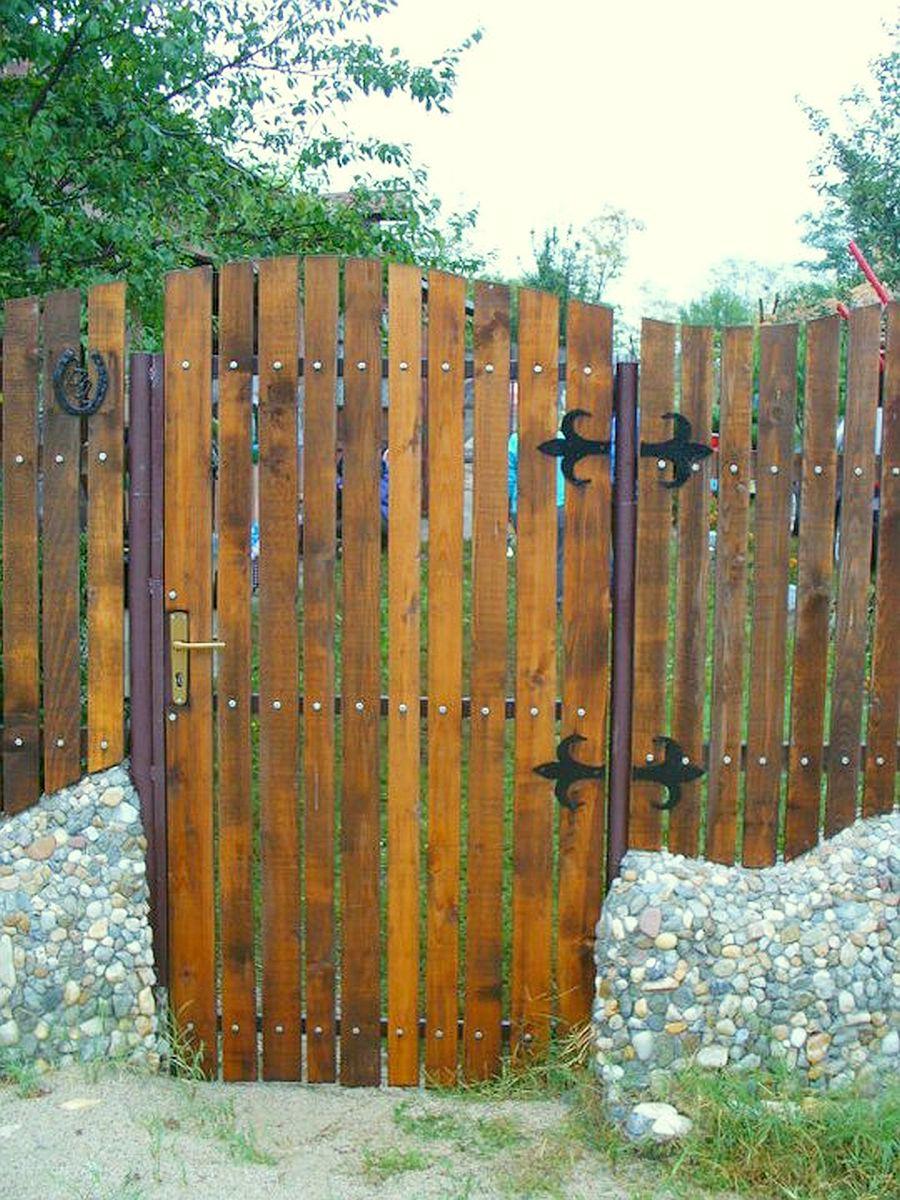 Gard facut de Mihai Duhovnicu, Atelierul de la tara