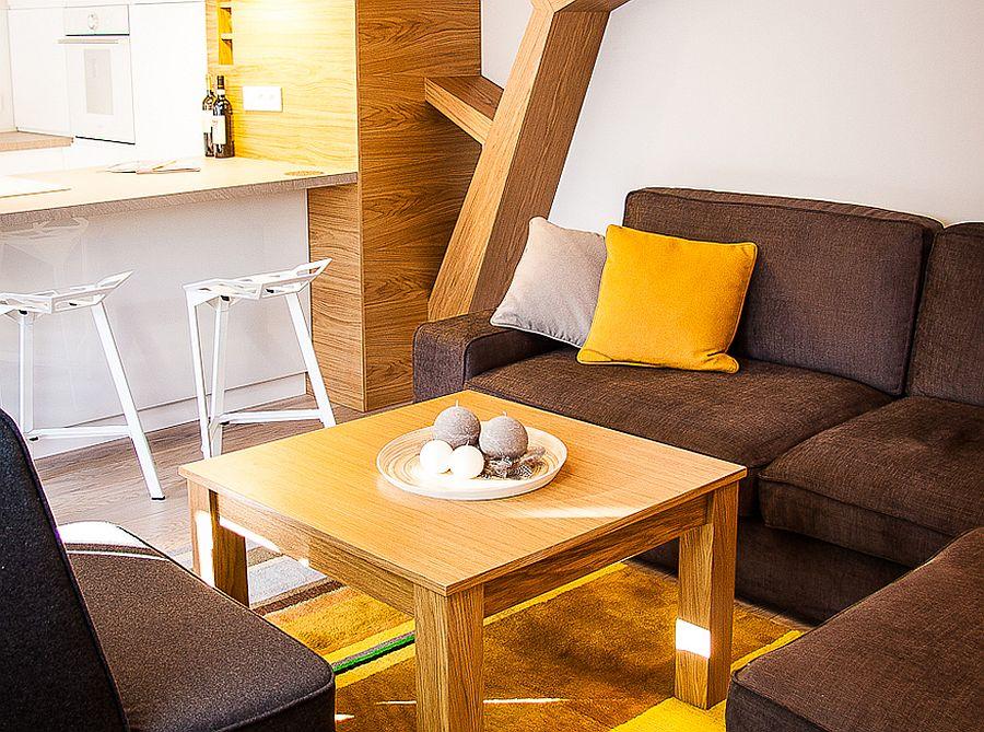 adelaparvu.com despre apartament de doua camere cu finisaje din lemn, design Studio Formy (8)