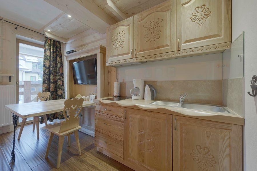 adelaparvu.com despre apartamente si case in stil rustic bucovinean, Apartament 10, WillaTatiana II, Zakopane, Polonia