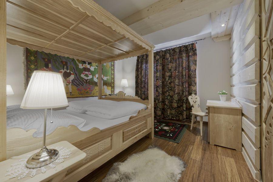 adelaparvu.com despre apartamente si case in stil rustic bucovinean, Apartament 11 WillaTatiana II, Zakopane, Polonia (3)