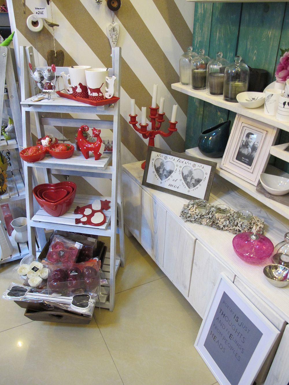 adelaparvu.com despre cadouri colorate si decoratiuni colorate in Bucuresti, Clou Boutique (13)
