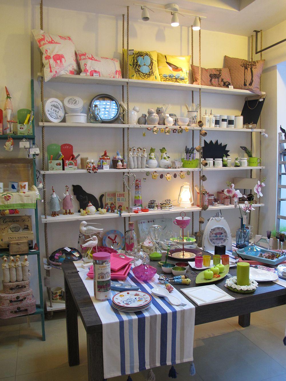 adelaparvu.com despre cadouri colorate si decoratiuni colorate in Bucuresti, Clou Boutique (2)