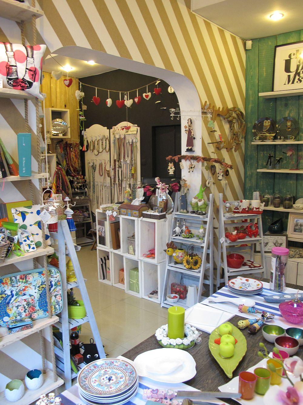 adelaparvu.com despre cadouri colorate si decoratiuni colorate in Bucuresti, Clou Boutique (6)