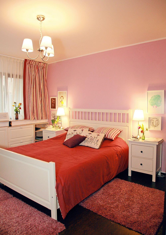 adelaparvu.com despre camera de tineret 16 mp, camera Raisei dormitor si loc de birou, design Alia Bakutayan si Daniel Tufis, Foto Valdecor (9)