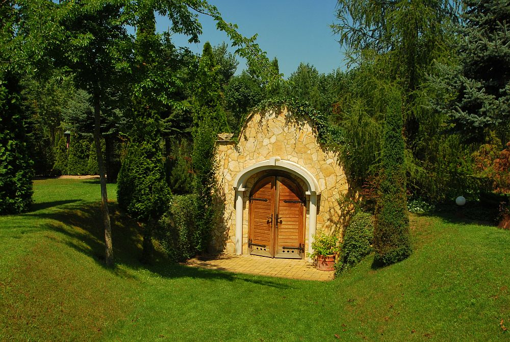 adelaparvu.com despre casa cu acoperis din stuf, casa in Ungaria, casa de vacanta, Foto Bungalow Net (41)