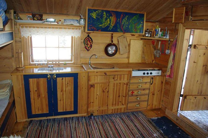 adelaparvu.com despre casa de lemn 15 mp, cabana mica, casa de vacanta Norvegia, Fyresdal, proprietar Gunhild Momrak (16)