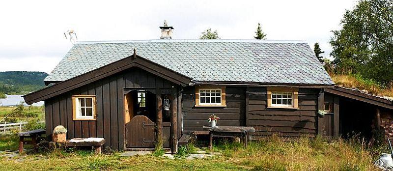 adelaparvu.com despre casa de vacanta din lemn, casa suedeza, interior rustic transformat, Foto Jan Larsen-S (2)