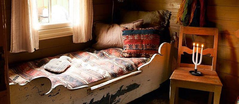 adelaparvu.com despre casa de vacanta din lemn, casa suedeza, interior rustic transformat, Foto Jan Larsen-S (4)