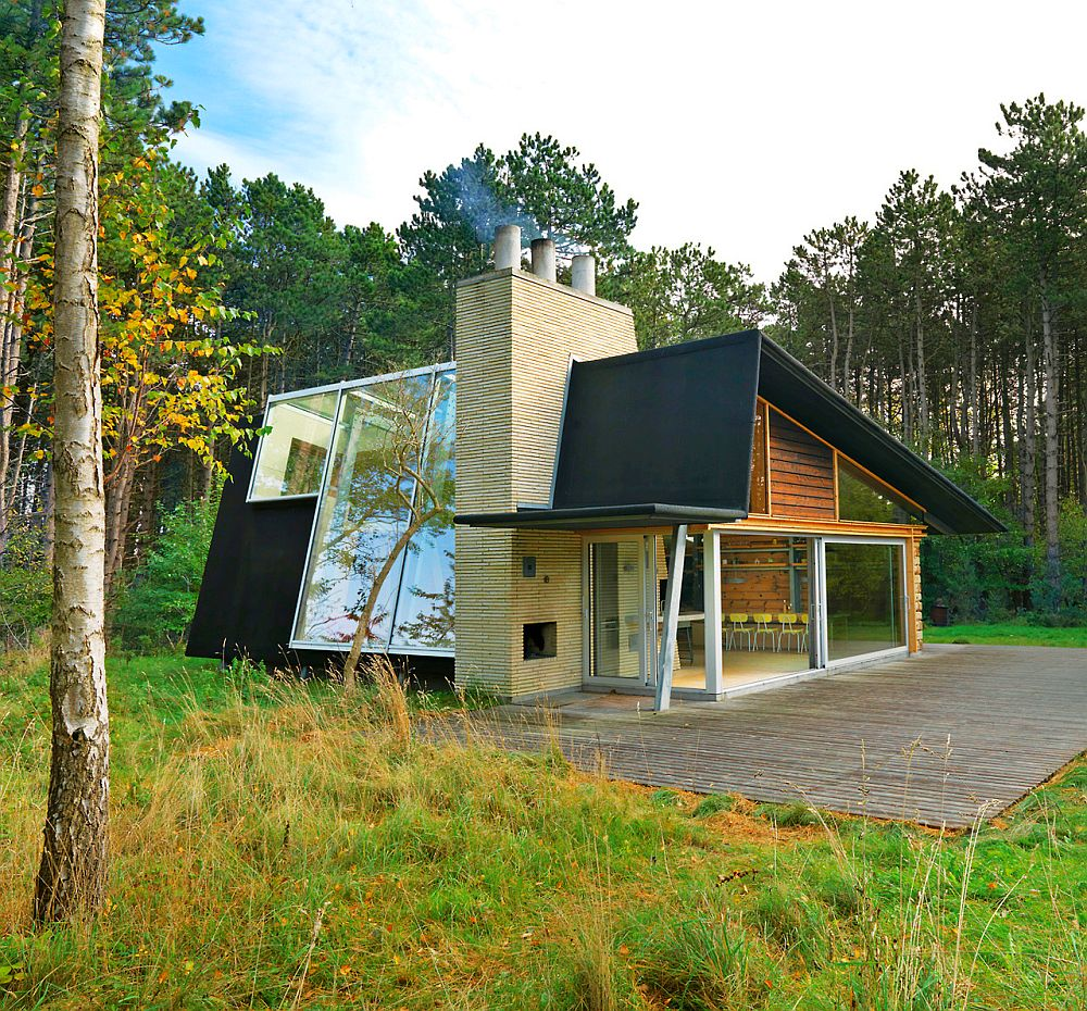 adelaparvu.com despre casa de vacanta moderna, casa daneza, casa din busteni de lemn moderna, arhitect Jesper Brask, Tree House (9)