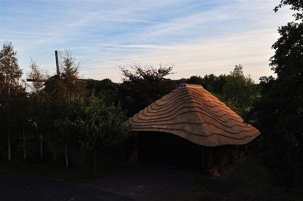 adelaparvu.com despre casa hambar cu acoperis din stuf, casa olandeza, Reet Barn, design 24 H Architecture (11)