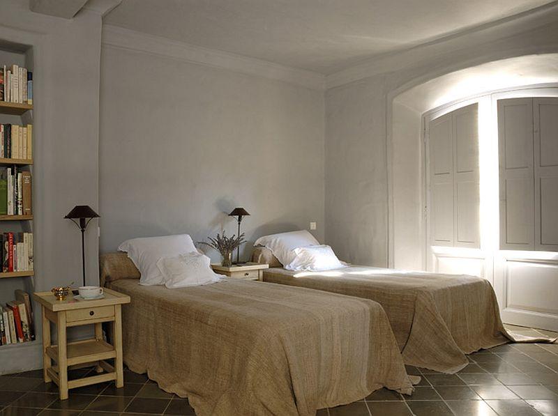 adelaparvu.com despre casa rustica din piatra, casa din Franta, Foto Christophe Rouffio Elle Maison