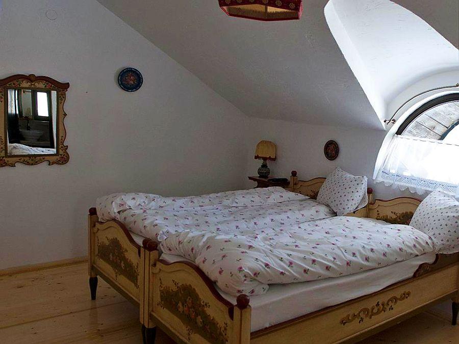 adelaparvu.com despre case traditionale romanesti, Casa Poveste, Campulung Moldovenesc, Romania, bedand breakfast Romania (16)