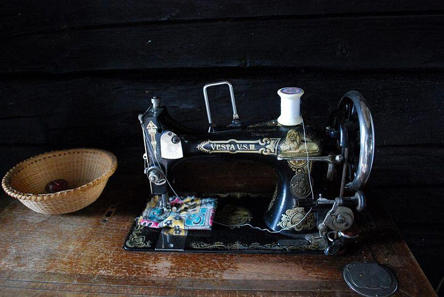 adelaparvu.com despre case traditionale romanesti, Casa Poveste, Campulung Moldovenesc, Romania, bedand breakfast Romania (18)