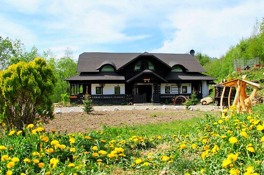 adelaparvu.com despre case traditionale romanesti, Casa Poveste, Campulung Moldovenesc, Romania, bedand breakfast Romania (25)
