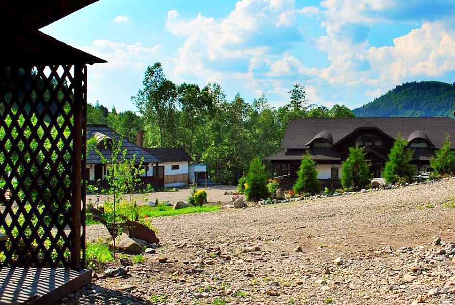 adelaparvu.com despre case traditionale romanesti, Casa Poveste, Campulung Moldovenesc, Romania, bedand breakfast Romania (27)