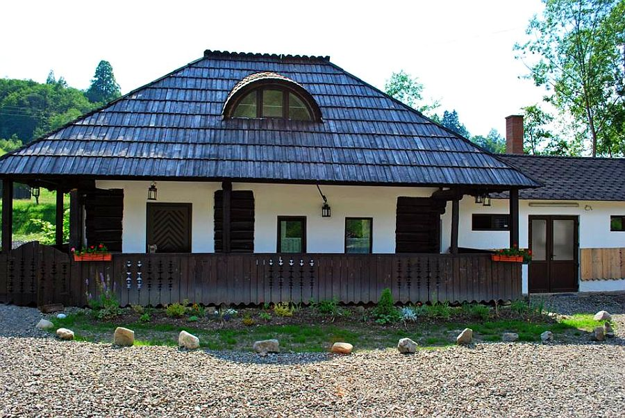 adelaparvu.com despre case traditionale romanesti, Casa Poveste, Campulung Moldovenesc, Romania, bedand breakfast Romania (38)