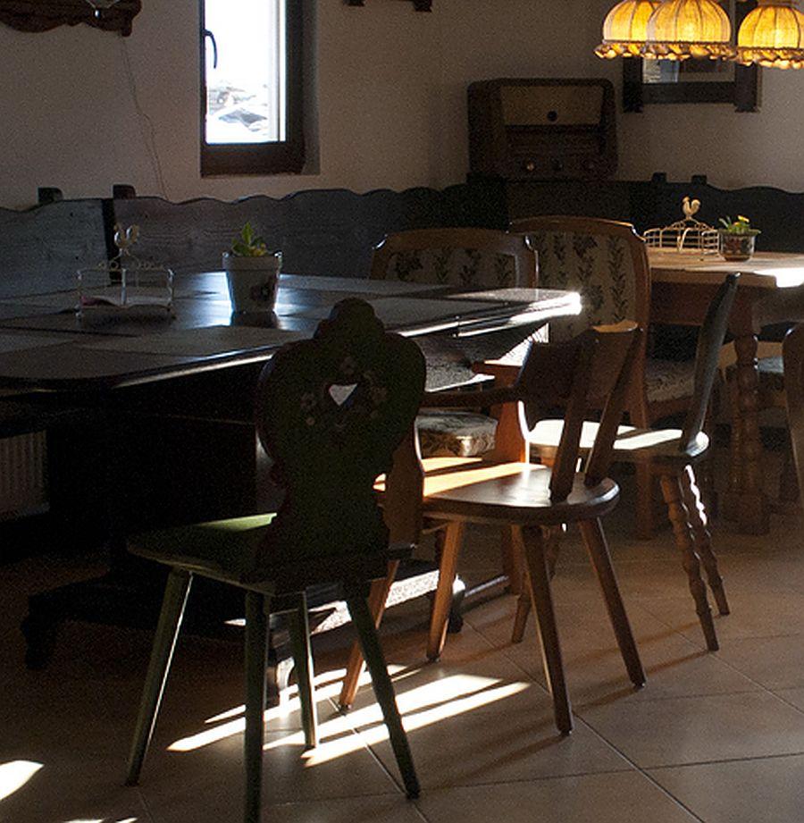 adelaparvu.com despre case traditionale romanesti, Casa Poveste, Campulung Moldovenesc, Romania, bedand breakfast Romania (50)