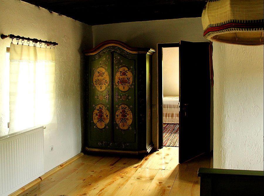 adelaparvu.com despre case traditionale romanesti, Casa Poveste, Campulung Moldovenesc, Romania, bedand breakfast Romania (61)
