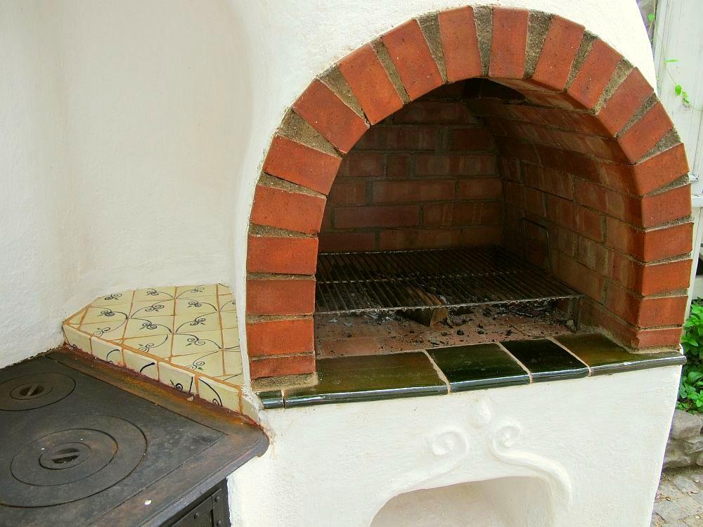 adelaparvu.com despre cuptor de paine intr-o gradina din Bucuresti, mester Attila Kolozsi (4)