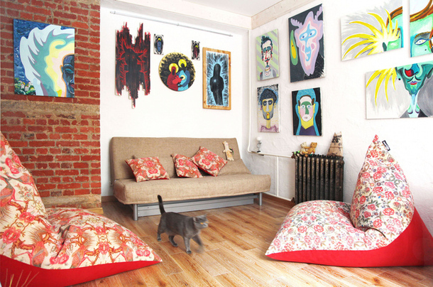adelaparvu.com despre garsoniera artistica 34 mp, designer Max Chernitsov, Foto AD Russia (1)