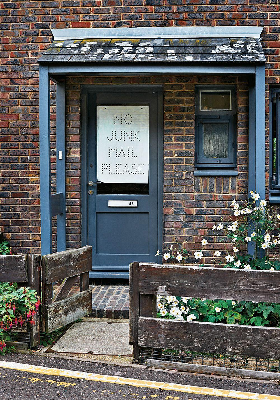 adelaparvu.com despre locuinta de artisti, apartament Londra, designeri Martino Gamper si Francis Upritchard, Foto Tom Mannion (5)
