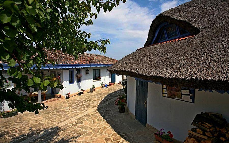 adelaparvu.com despre pensiune traditionala in Delta Dunarii, Enisala Safari, Danube Delta, Romania (42)