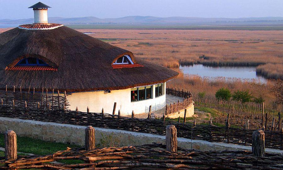 adelaparvu.com despre pensiune traditionala in Delta Dunarii, Enisala Safari, Danube Delta, Romania (7)